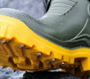 Waders & footwear
